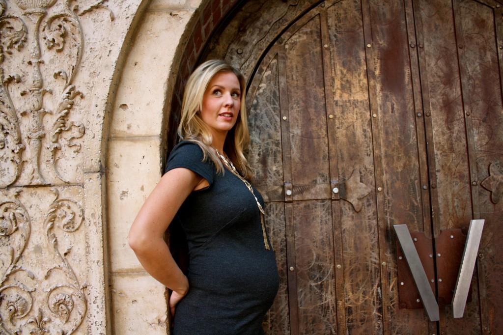 Inspiring Maternity Photos SheJustGlows.com