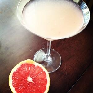 Homemade Grapefruit Martini SheJustGlows.com