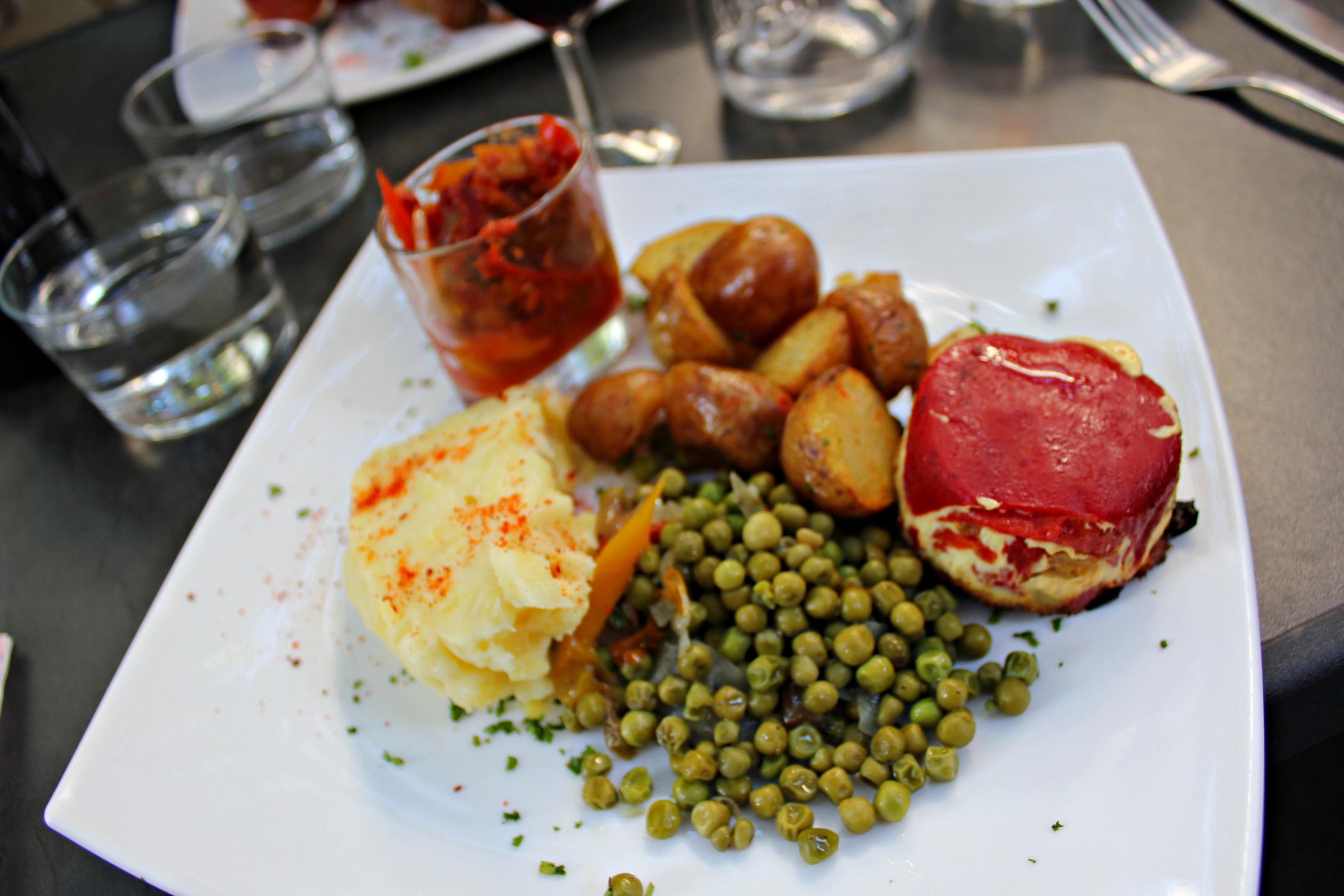 My Top 8 Salads of Paris SheJustGlows.com