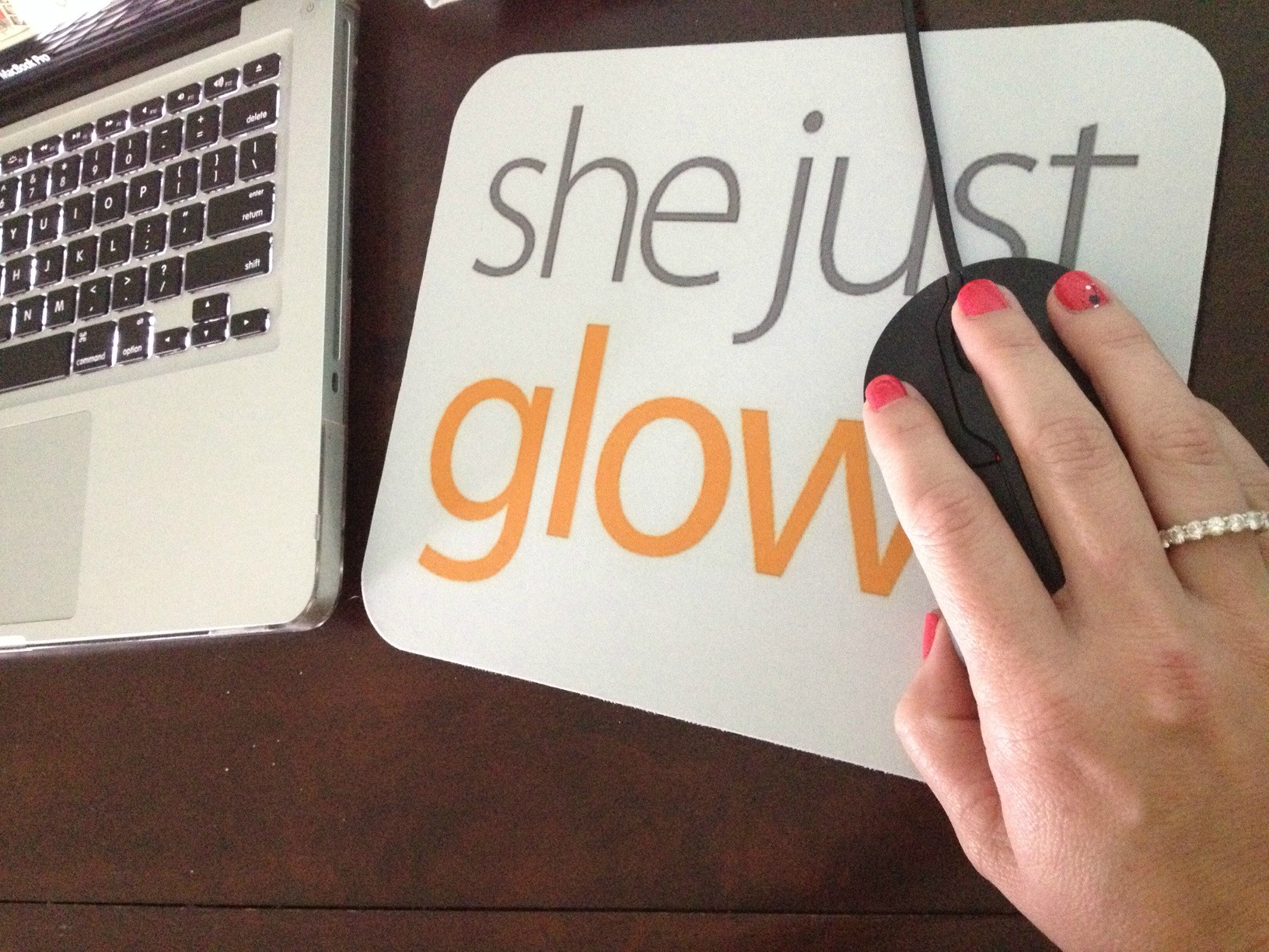 Things That Make You Glow: Finding Simple Joys Everyday SheJustGlows.com