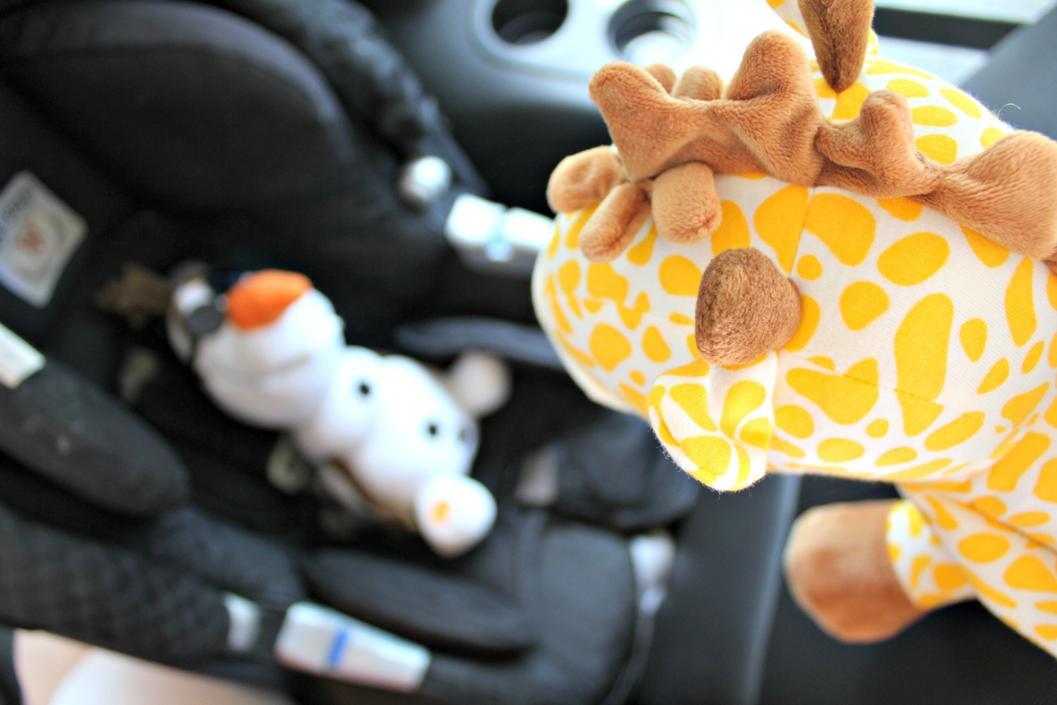 The Horror That Is 3 Kids in Car Seats SheJustGlows.com